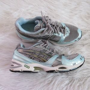 Asics Womens Running Shoes Size 8 Classic Blue